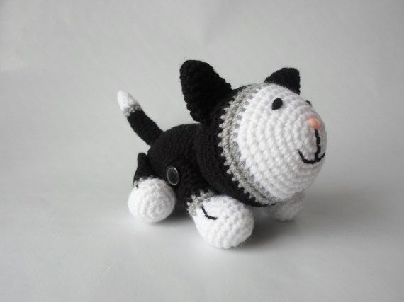 Cat Amigurumi Crochet Toy Animal