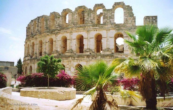El Jem, Tunisia - -must go someday...my bushel list is growing by the minute.