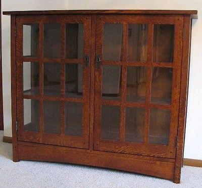 China Cabinet Mission Hutch Furniture Display Case collectibles quarter sawn oak