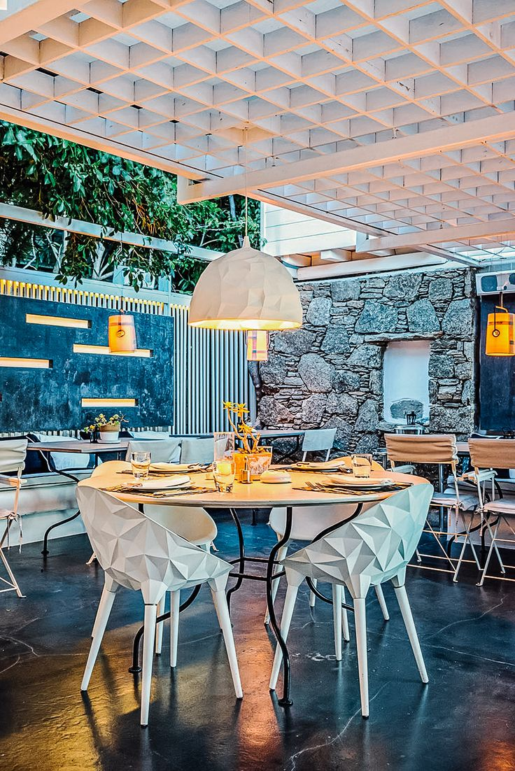 Enjoy a gourmet dining experience at Thioni Restaurant. One of Mykonos' most famous dining establishments housed in Semeli Hotel. http://www.semelihotel.gr/thioni-restaurant-mykonos/  Semeli #SemeliHotel #Mykonos #LuxuryHotel #SemeliMykonos