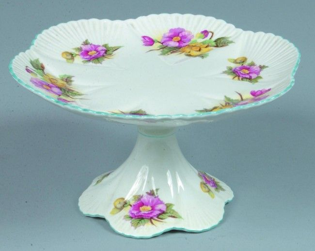8 Shelley China Begonia pattern Cake STand 5  h. x 9  on  sc 1 st  Pinterest & 350 best Pedestal Cake Plates - Vintage images on Pinterest | Cake ...