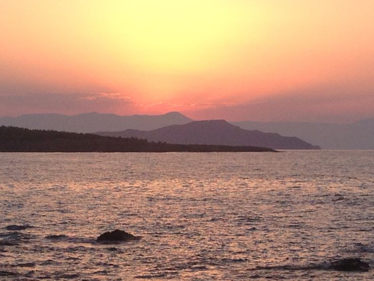 Crete, sunset from Golden beach