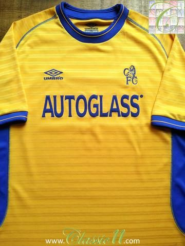 Relive Chelsea's 2000/2001 season with this original Umbro away football shirt.