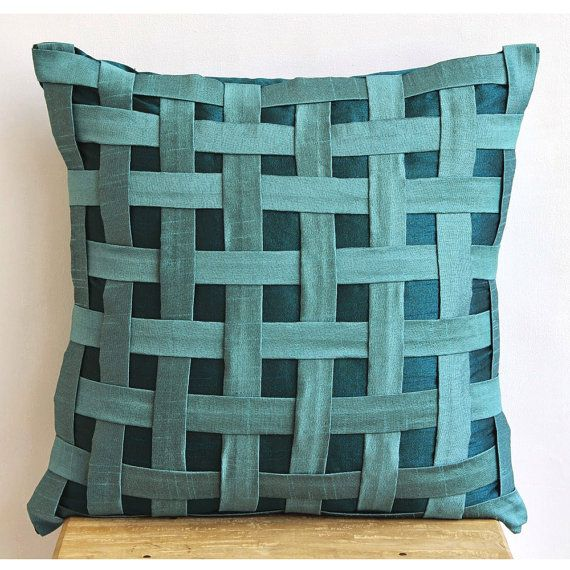 Decorative Throw Pillow Cover Couch Pillow Sofa 20x20 Inch Silk Pillow Cover Peacock Green N Teal Basket Weave Home Living Decor Houseware