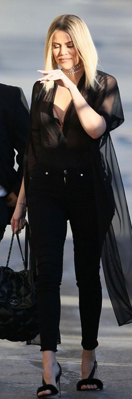 Khloe Kardashian' in Jeans – Good American  Purse – Chanel  Shoes – Olgana Paris