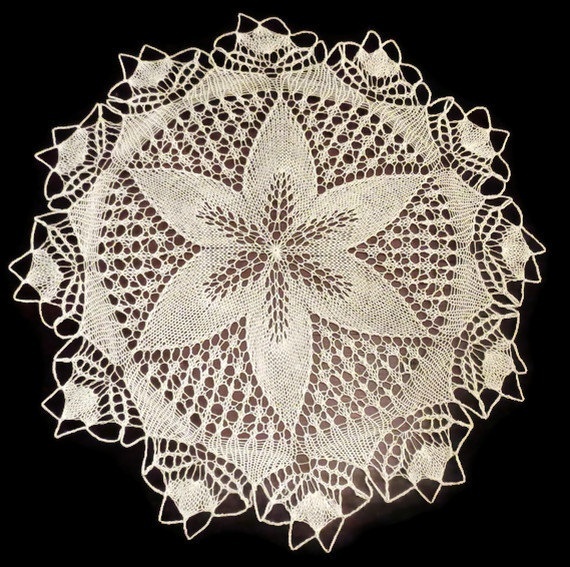 Vintage Hand Knitted Lace White Cotton FLOWER tablecloth