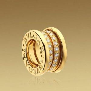 bvlgari small round pendant in 18kt yellow gold with pav diamonds 060