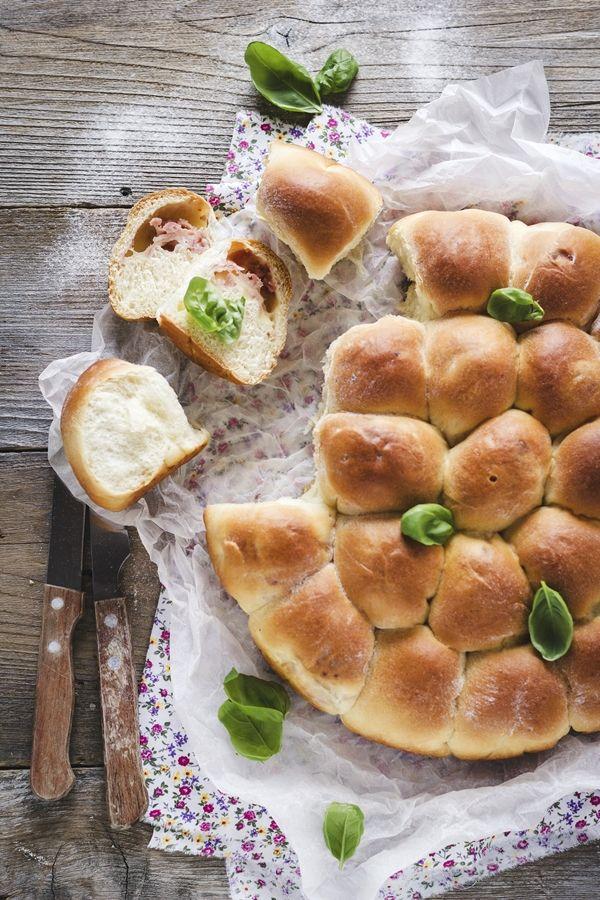 pane per picnic - picnic bread