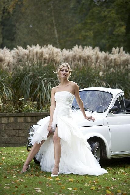 stoere witte bruidsjurk by marleens blog, via Flickr