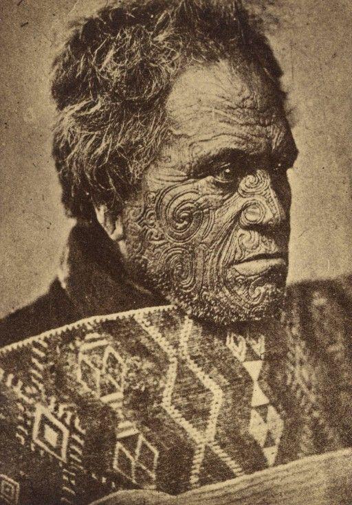 Getatoeëerde stamhoofd van de Maori