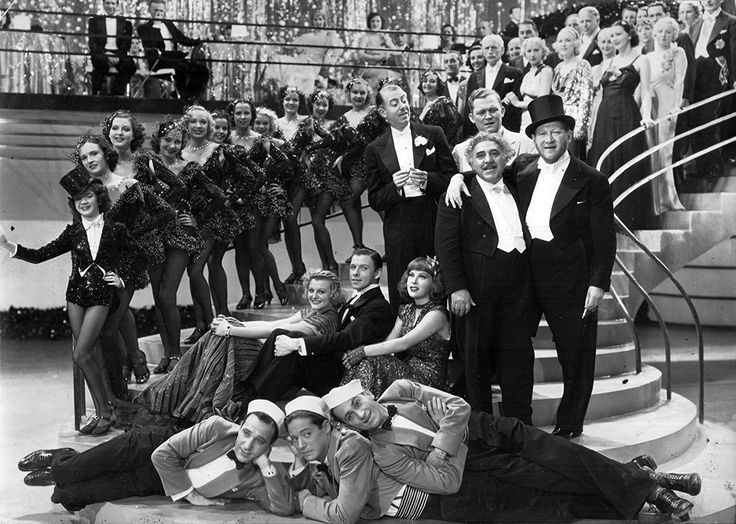 Hugh Herbert, Henry Armetta, Mischa Auer, Doris Nolan, Ella Logan, George Murphy, Gertrude Niesen, Gregory Ratoff, Peggy Ryan, Gerald Oliver Smith, and California Collegians in Top of the Town (1937)