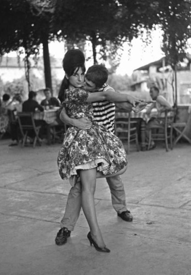 """Dancers, Milano. """"Balera"""" series, 1965-72 (photo Mario Cattaneo)"""