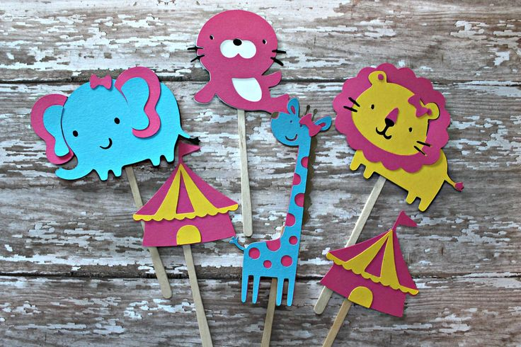 Ragazza circo Cupcake Toppers rosa animali da di MoosesCreations