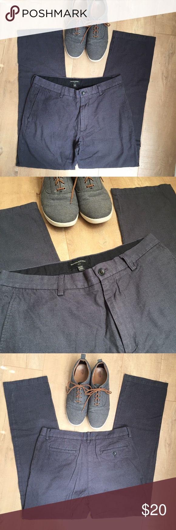Banana Republic 34x34 Trousers Men's 100% cotton Banana Republic dress pants. Gently worn, grey trousers. Gavin style, 34x34 Banana Republic Pants Dress