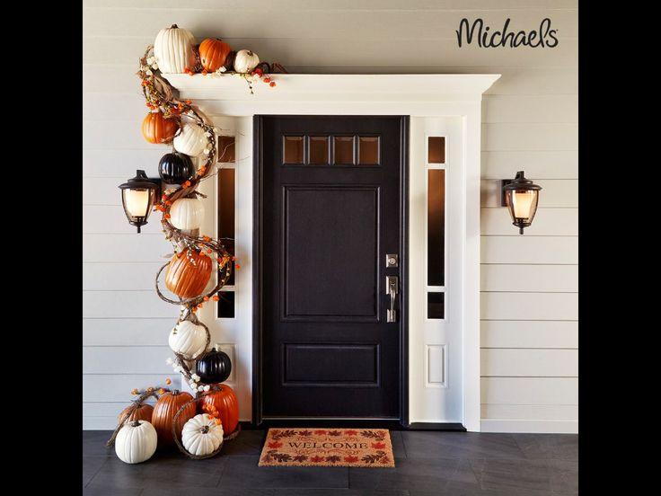 Fall doorway decor.