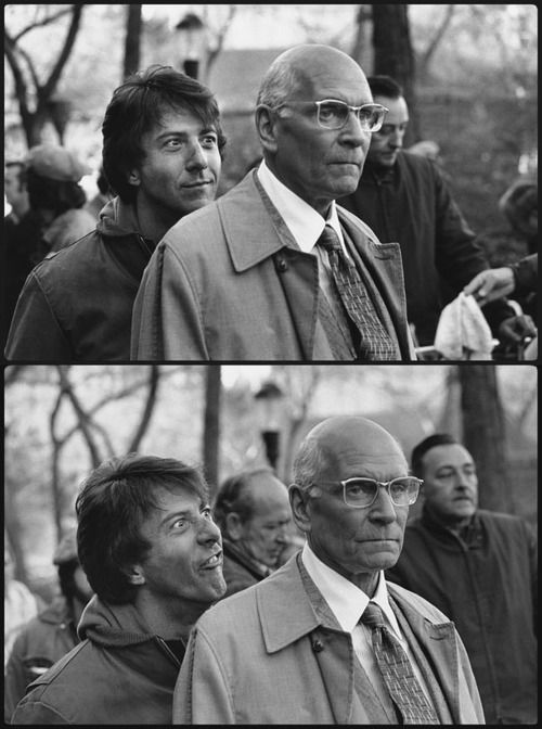 Dustin Hoffman making faces behind Laurence Olivier's back...love it!