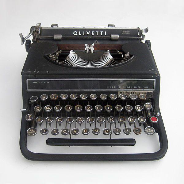 File:Olivetti-schawinsky-bauhaus-typewriter.jpg