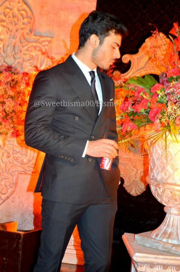 exclusive pictures from fawad khan u0026 39 s sister-in-law u0026 39 s wedding