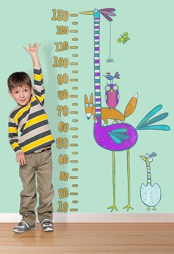 """""""Il metro struzzo"""" è lo sticker colorato e divertente che accompagnerà la crescita del tuo bambino aiutandoti a tenere sotto controllo la sua altezza e personalizzando con stile qualunque ambiente!"""