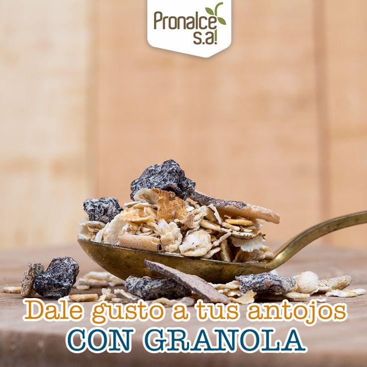 Cuando quieres algo dulce y rico pero con pocas calorías, ¡vas por tu #Granola #DelSur #Pronalce!#Pronalce #DelSur #Chocotom #cereal #breakfast #desayuno #avena #integral #salud #saludable #feliz #love #hojuelas #maiz #lonchera #snack #granola #frutosrojos #banano #deleitar #alimentos #granos