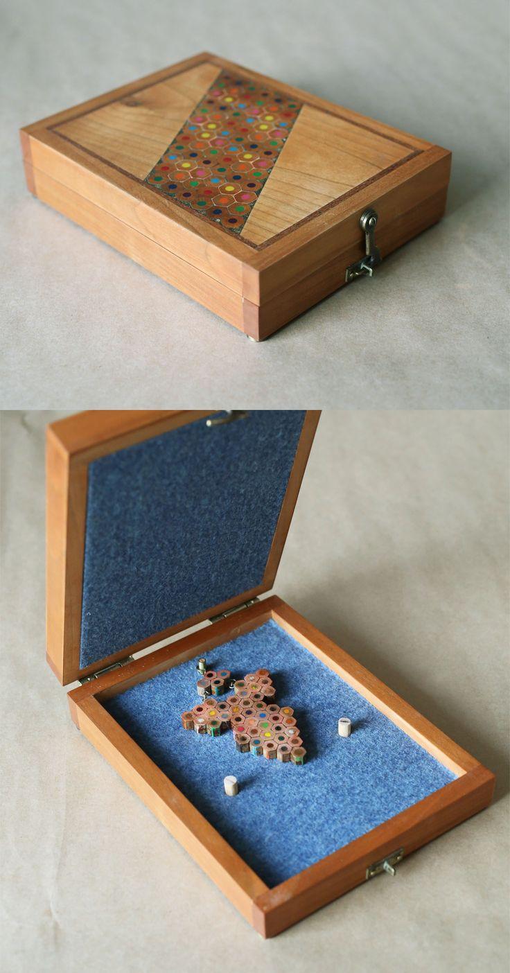 Colored pencils pendant in a charming box. www.etsy.com/shop/vzorko