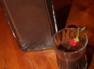 Liquore cannella e cioccolato
