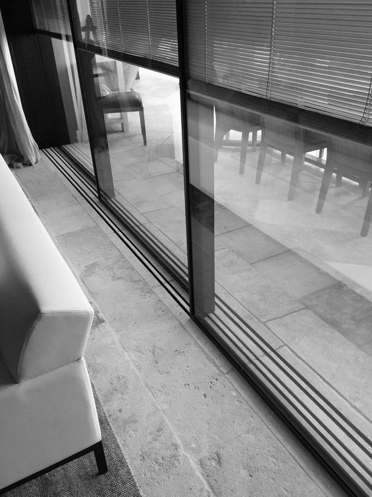 17 best ideas about baie vitr e 3 vantaux on pinterest d co chambre d 39 a - Reynaers aluminium prix ...