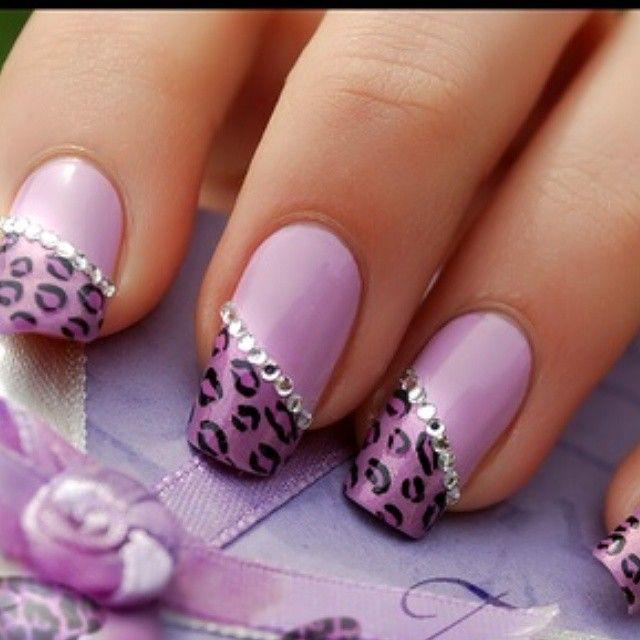 Unhas para se inspirar… Se você gosta de unhas decoradas,chama azamigas não fique de fora siga @viciadas_nails , @peliculas_viciadas_nails e suas unhas poderam aparecer aqui Marque #viciadas_nails em...