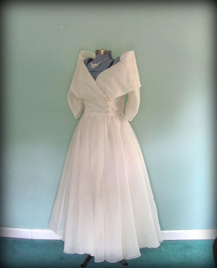Sapphire Bridal Vintage Wedding Dress 3 4 Sleeve White: Reserved For Lee Vintage White Wedding Gown Off Shoulder 3