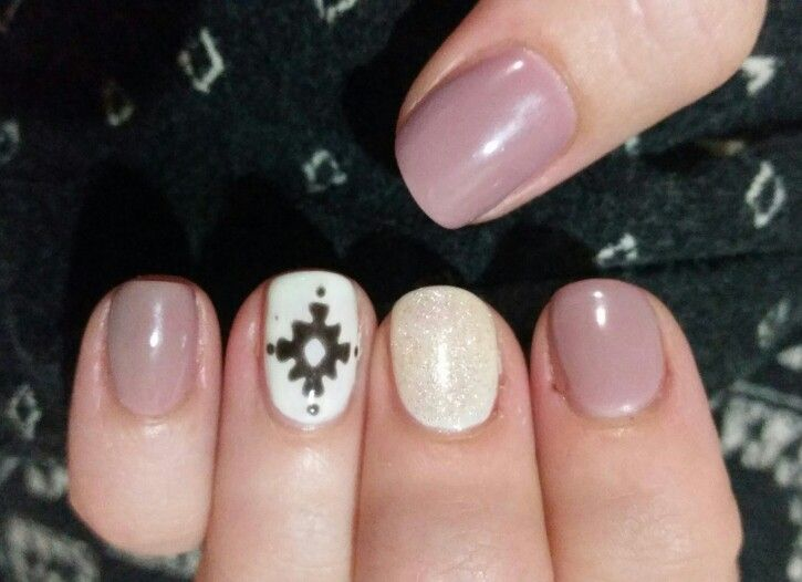 Julia's nails by Lee x