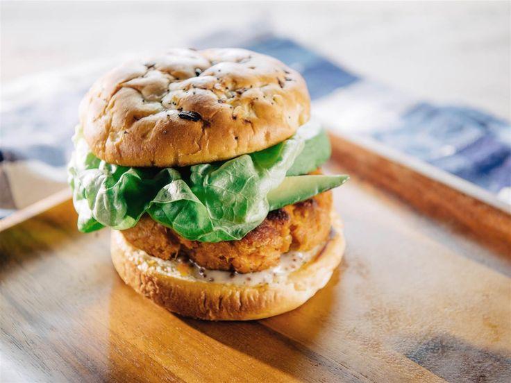 Trisha Yearwood's vegetarian sweet potato burger