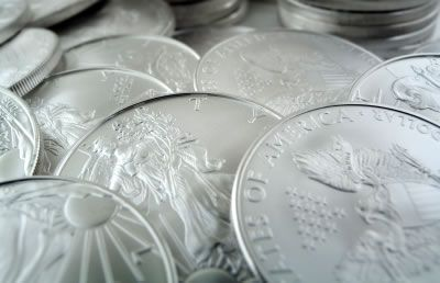 2013 American Silver Eagle Bullion Coins | The United States Mint began selling them to its network of Authorized Purchasers on January 7 and first day sales totaled 3,937,000 coins. That easily tops last year's first sales day total of 3,197,000 coins.
