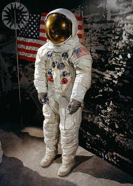 apollo space suit rental - photo #11