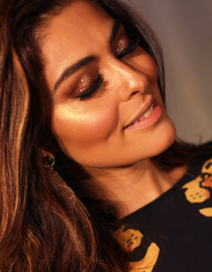 A maquiagem iluminada da Juliana Paes