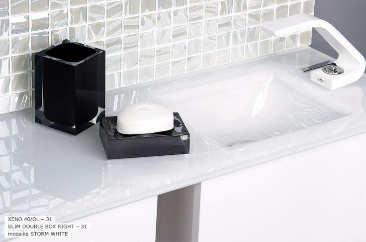 Szklana umywalka firmy Krzemień