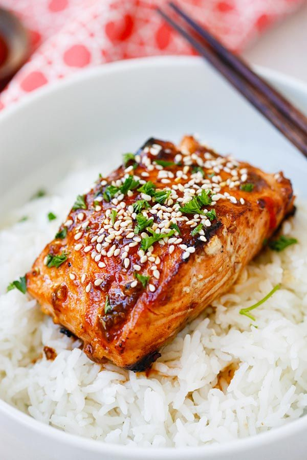 Sweet Spicy Glazed Salmon from the @skinnytaste cookbook - easy, spicy, sweet, and savory, this glazed salmon recipe is awesome!! | rasamalaysia.com