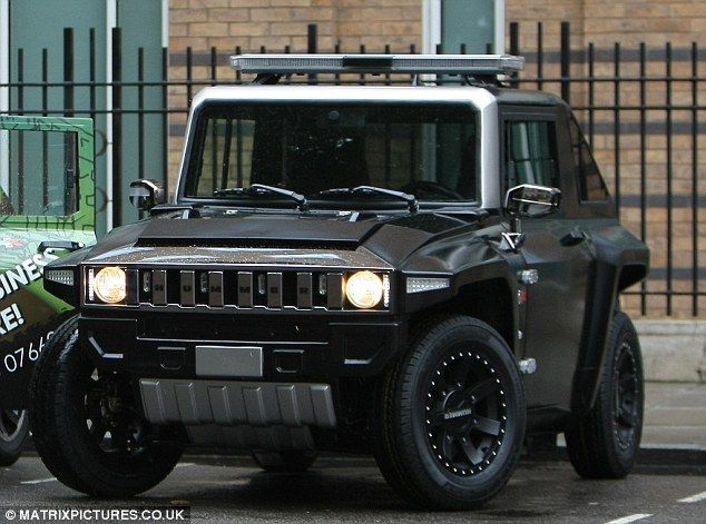 MEV HUMMER HX in matte black with security light upgrade in central London