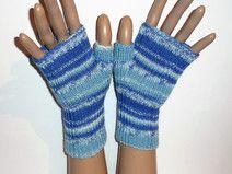 Guantes de tejido a mano con los dedos medios