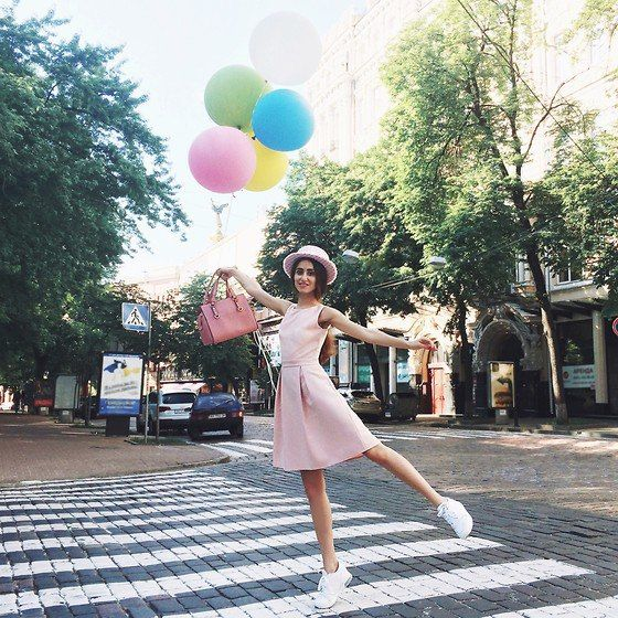 Tina Sizonova. FASHION BLOGGER, STYLIST AND PERSONAL SHOPPER FROM KIEV, UKRAINE