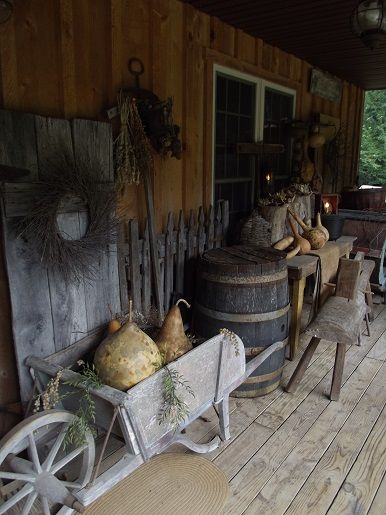 Primitive Fall Decorating on my porch