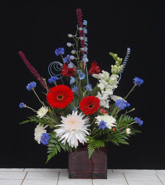 Silk Flower Arrangements Church Altar: 30 Best Patriotic Floral Arrangements Images On Pinterest
