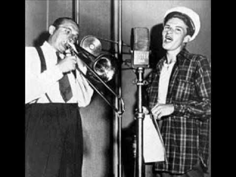 Tommy Dorsey Orchestra with Frank Sinatra - I'll Be Seeing You (My favorite version)