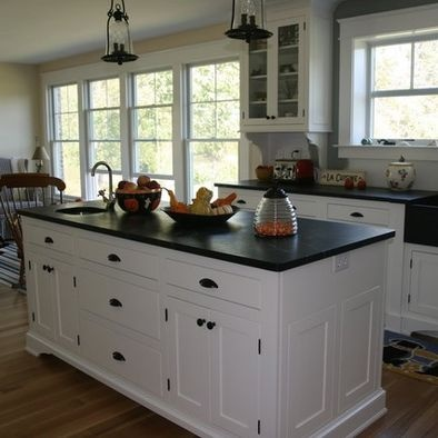 60 best kitchen remodel images on pinterest kitchens for Black hardware on white kitchen cabinets