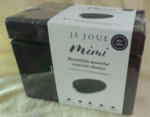 Je Joue Mimi Is A Great First Vibrator - http://loveworks.com/je-joue-mimi-great-first-vibrator/