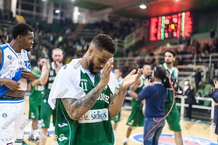 https://flic.kr/s/aHskmnFeJY | Basket, Sidigas Avellino - Enel Brindisi 83 -81 (22/11/2015)