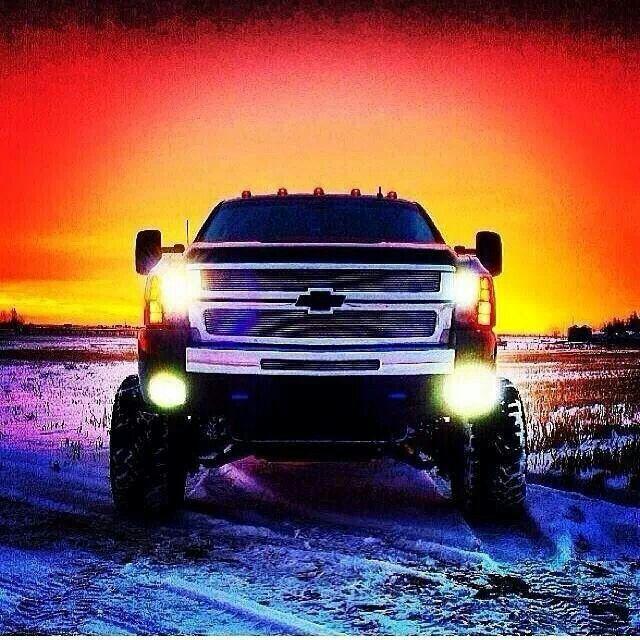 Hey boy. I like yer truck.