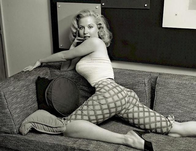Pin-up de la Semana: Betty Brosmer