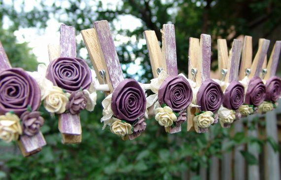 Decorated Clothes Pins: Clothing Peg, Gifts Cards, Decor Clothing Pin, Shabby Chic, Cute Ideas, Paper Flowers, Purple Wedding, Handmade Flowers, Fabrics Flowers