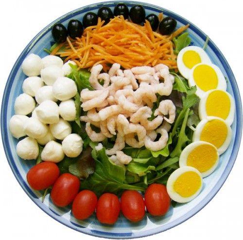 10 insalatone tra cui scegliere: fresche complete e sopratutto, senza cottura!