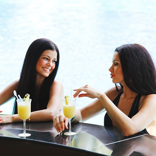 lesbian dating first date When you're a lesbian dating lesbians, what can you expect here are a few tips on how to date a girl-- when you're a girl on your first date.
